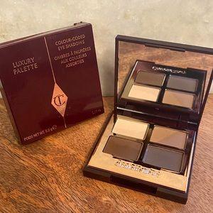 Charlotte Tilbury Luxury Palette- The Sophisticate